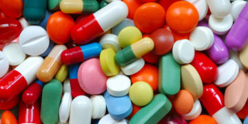 1485714151963 filepicker nwxcvhmfqksovuayhbod pills 3734b1 360x180 - Названы лекарства, приводящие к сердечному приступу и инсульту