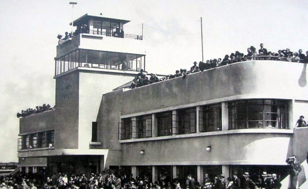 samye starye aeroporty v mire 03 1024x627 - Самые старые аэропорты в мире