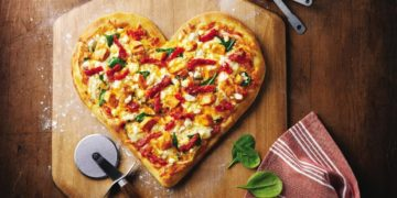 unnamed file 117 360x180 - Интересные факты о пицце