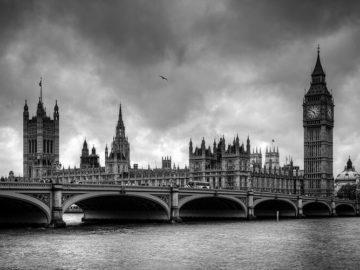 angl 15 360x270 - Пять шокирующих фактов о Британии