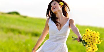 636077026454097156 308754135 8813468 happy girl wallpaper 360x180 - ТОП-10 главных привычек позитивных людей
