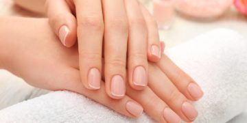 pretty manicured hands tease today 161209 40d8560d07a3d9a74a76e9ed22b6f894 360x180 - 10 копеечных средств для укрепления ногтей, которые можно приготовить дома