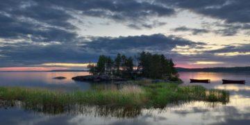 129016 original e1442669850414 1 360x180 - 15 интересных фактов об озёрах