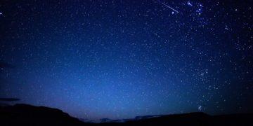 14699 360x180 - 18 интересных фактов о звёздах