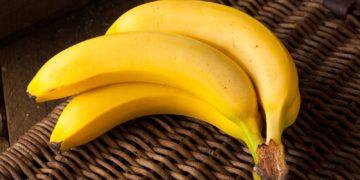Fruit Bananas Three 3 478498 360x180 - 20 интересных фактов о бананах