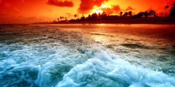 Nature   Sundown Sunset waves 111306  360x180 - 30 интересных фактов о морях и океанах