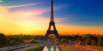 France1 2c897 1024x640 360x180 - 25 интересных фактов об Эйфелевой башне