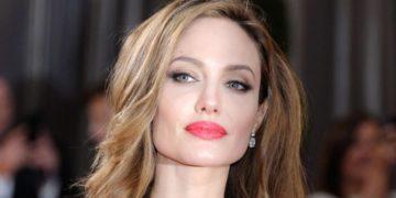 angelina jolie list 1 360x180 - Кто обошел Анджелину Джоли в списке самых высокооплачиваемых актрис Голливуда