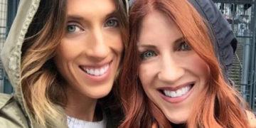 2 16 700x366 1 360x180 - Дочери 34 года, а матери — 57, но они выглядят будто сёстры. И понять, кто старше, не так-то просто