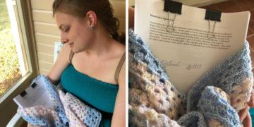 2 2 700x366 1 360x180 - Девушка устроила фотосессию с диссертацией, словно это младенец. Студенты присоединились к флешмобу