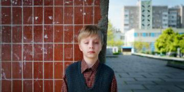 dc6045385eac346d041ac9ec00ba11442fc85879 1 700x366 360x180 - ТОП-10 фильмов и сериалов о катастрофе на Чернобыльской АЭС