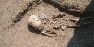 zag13 360x180 - В Крыму нашли скелет младенца II века с вытянутым черепом