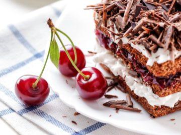 44771500345227 360x270 - Сладкое страноведение: ТОП-10 десертов со всего мира
