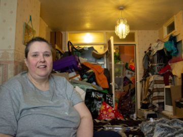 img 7204 800x533 360x270 - «Ад, в котором я живу»: вот во что британка-барахольщица превратила свой дом