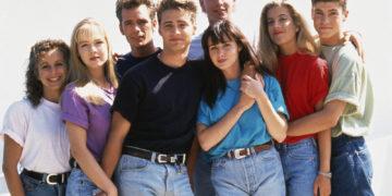 156833 360x180 - Бренда или Келли? Вспоминаем сериал «Беверли-Хиллз, 90210»