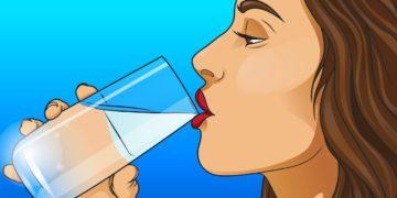 maxresdefault 360x180 - 12 признаков, что мы пьем слишком мало воды
