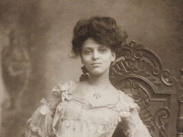 most beautiful women culturainquieta7 360x270 - 11 самых красивых женщин начала XX века