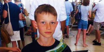 1577368921 eccbc87e4b5ce2fe28308fd9f2a7baf3 360x180 - Мальчика попросили снять футболку в самолёте, так как она «может вызвать у пассажиров тревожность»